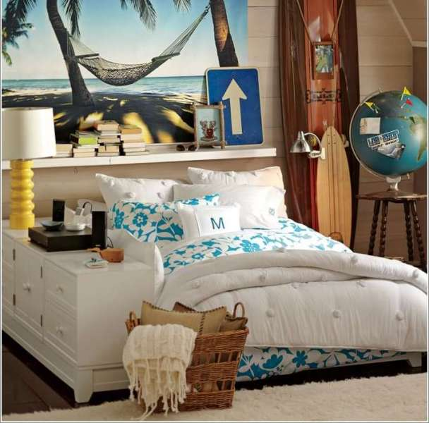 Surfer teen bedroom style - let the room reflect your teens hobby or interest