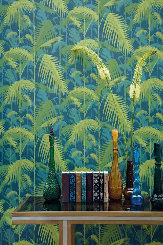 Botanical wallpaper decor