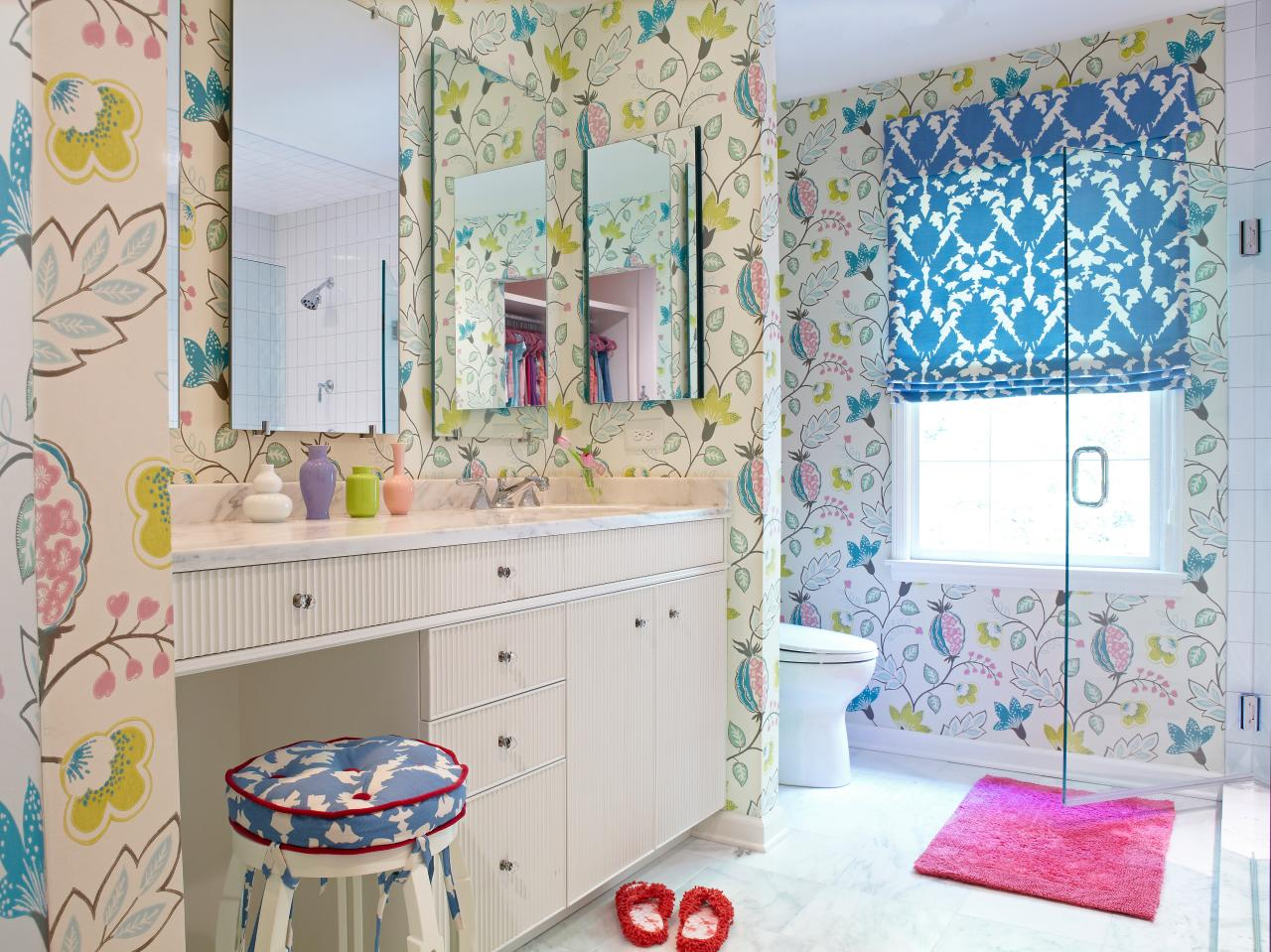 Flower Power Bathroom Design Ideas