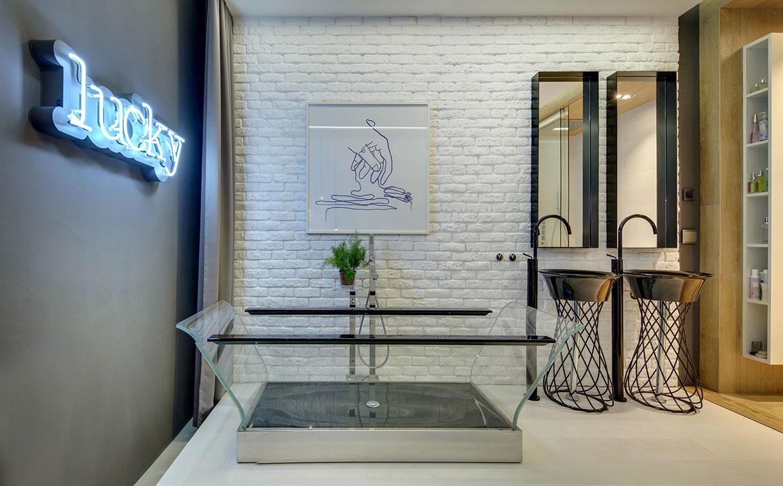 Red'sh Bathroom Designs Ideas