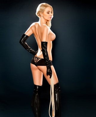Body to body tantric masseuse in London