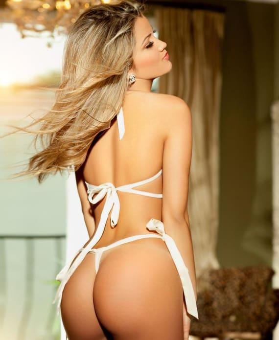 Beautfiul massage girl in white thong