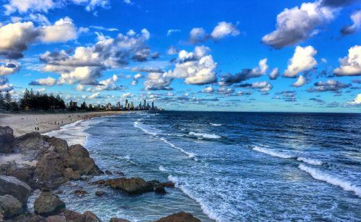Pohled z dálky na Australské město