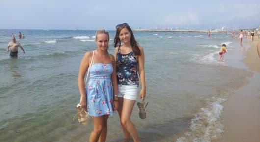 Léto v kempingovém resortu ve Španělsku