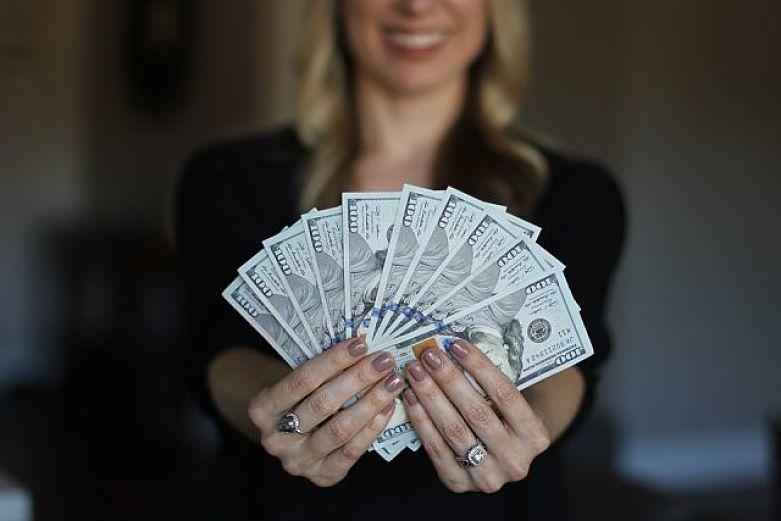investimentos que rendem mais que poupança