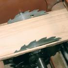 Wood-Mizer EG200 Una sierra fija y otra móvil cortar