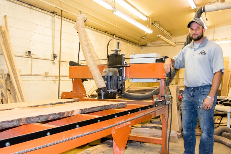Slab flattening mill