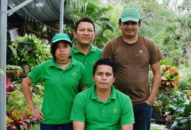 Espacios Verdes employees in Cancun, Mexico