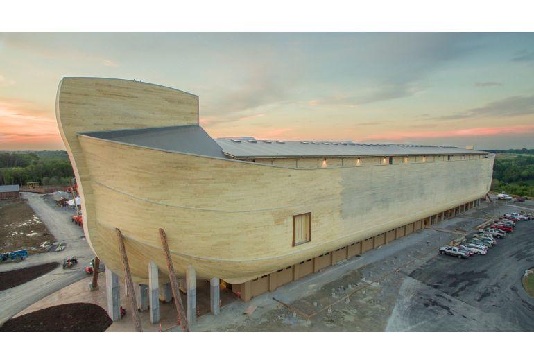 The Building Of Noahs Ark