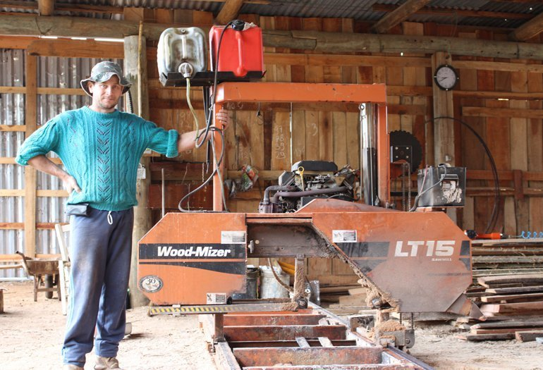 Aluizio and Wood-Mizer LT15 portable sawmill