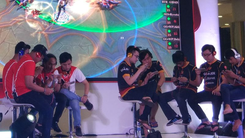 Final Dramatis, RRQ Nova Kalahkan Bigetron di Final OPPO F5 x AOV Tournament