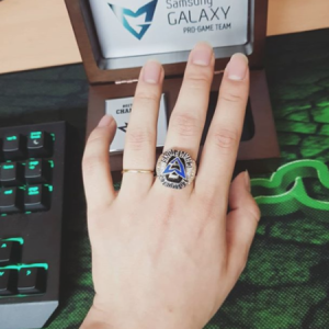 Cincin Kemenangan, Cenderamata Manis Penutup Samsung Galaxy Gaming