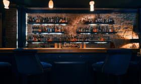 Little Red Door (Bar)