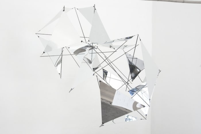 Icosahedron tensegrity cloud by Tomás Saraceno