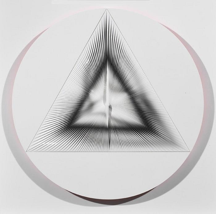 Uno e trino / 1 by Alberto Biasi