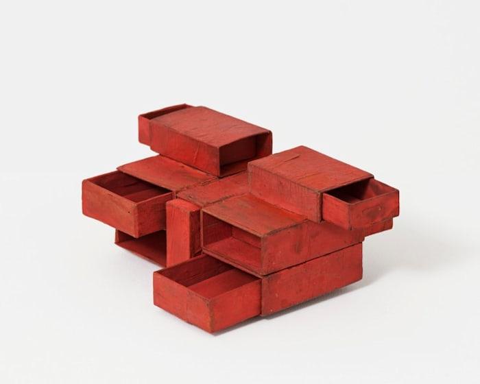 Estruturas de Caixa de Fósforos (Red Matchbox) by Lygia Clark