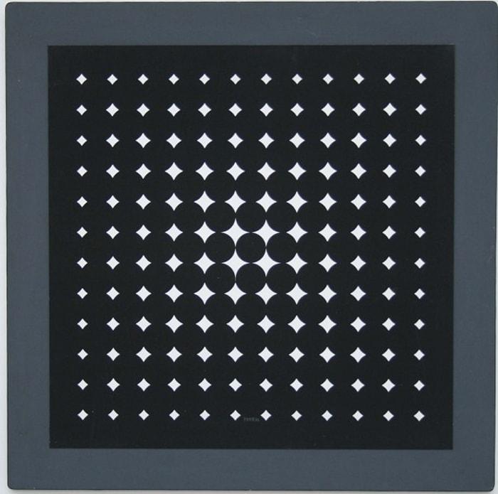 Quadrature N.3 by Jean Pierre Yvaral