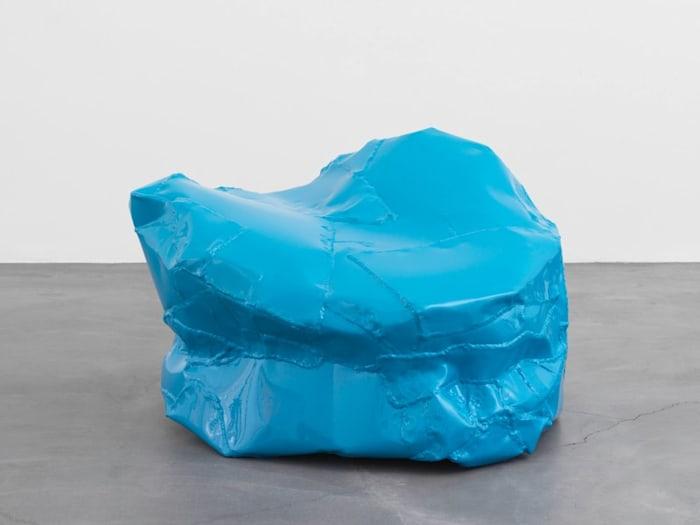 Knotze 5 (blau) by Franz West