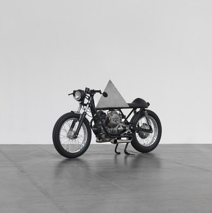 A Few Invisible Sculptures #0 by Andrea Galvani