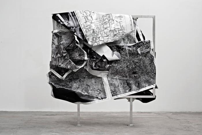 """b/w-L.A."" (front) by Olaf Metzel"