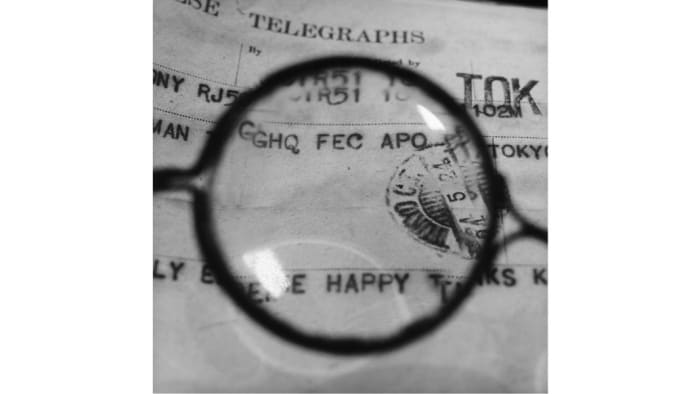 Foujita's Glasses - Viewing a telegram he sent to GHQ officer Sherman who helped him leave Japan by Tomoko Yoneda