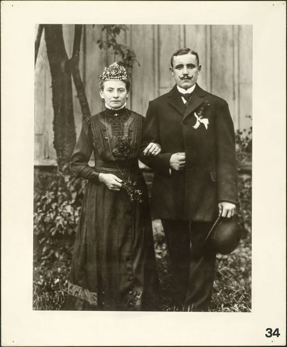 Engaged farming couple, 1911-1914 by August Sander