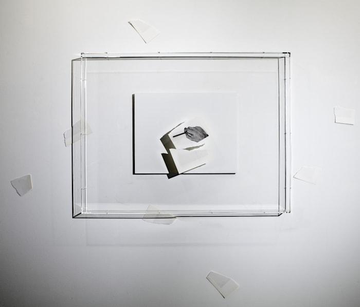 Vedo (la decifrazione del mio campo visivo) by Giulio Paolini