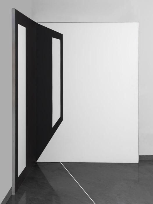 Distanze (Delle distanze dalla rappresentazione) by Carlo Alfano