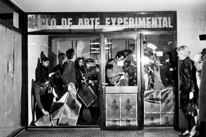 Encierro #12 (Confinement) by Graciela Carnevale