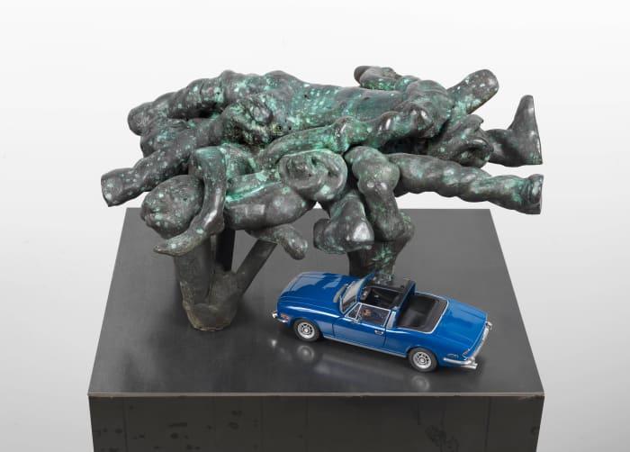Kriegerdenkmal IX by Thomas Schütte