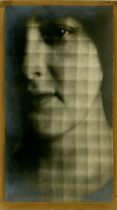 Portrait de Lily Butler by Man Ray