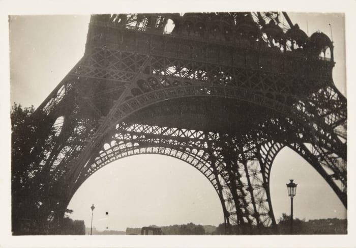 Eiffel Tower by El Lissitzky