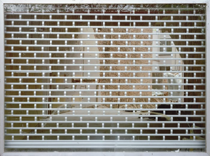 Fenster ohne Ruckwand / Window with No Backwall by Sabine Hornig