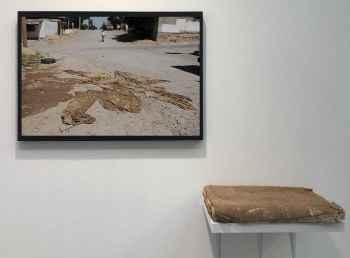 Tela en el desierto (Fabric in the desert) by Teresa Margolles