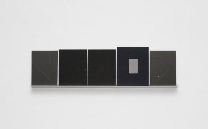 Arquibabas (preta, triângulos extremos) by Odires Mlászho