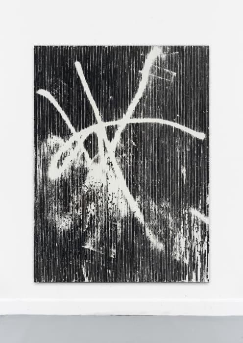 eine hohe Mauer aus Nacht zieht um die Stuben, die Steigen, wo du gewohnt,  gewacht, (G. B.) by Gregor Hildebrandt