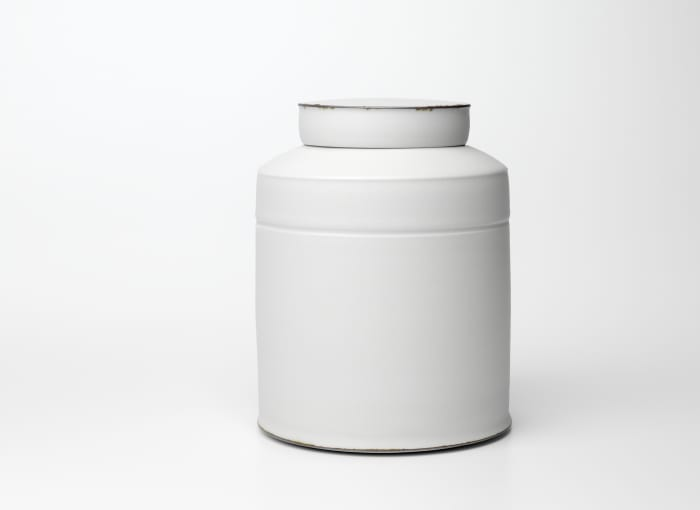 Lambeth Jar by Kirsten Coelho