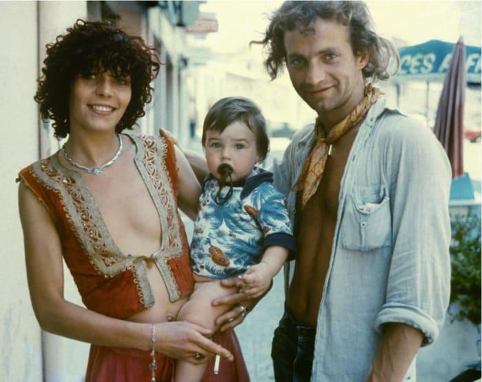 France, St. Tropez 1974 (family) by Ed van der Elsken