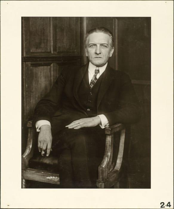 The art historian (Wilhelm Schäfer), approx. 1926 by August Sander