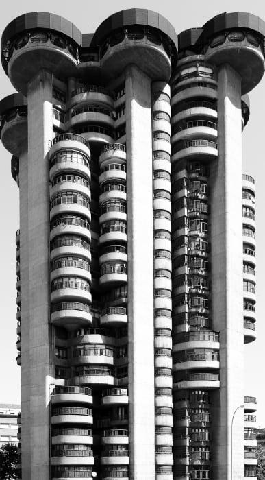 Torres blancas by Renate Buser