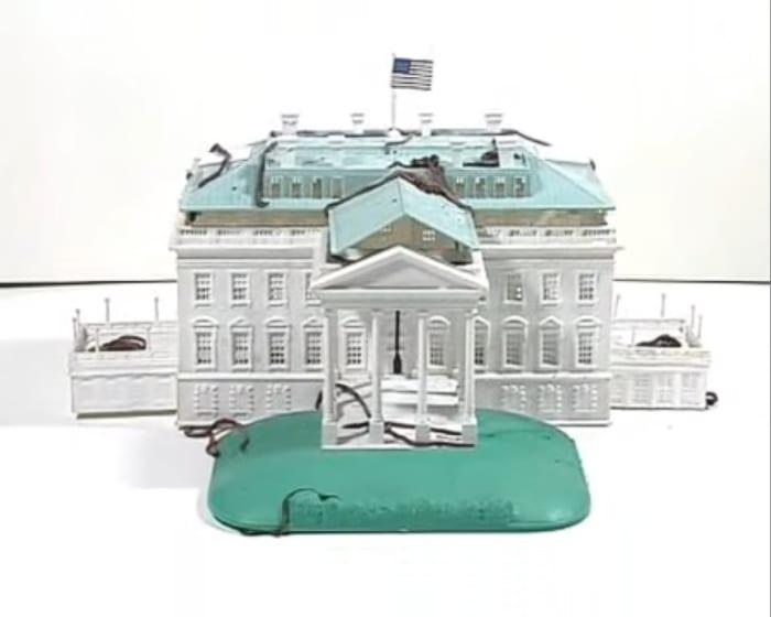 Casa Blanca by León Ferrari