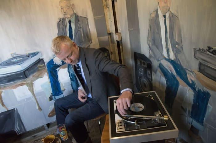 From Bjarni Bömmer listens to Take it Easy by Eagles by Ragnar Kjartansson