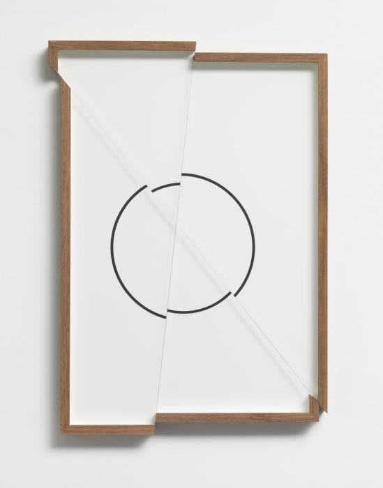 quadroquadro (círculo) by Renata Lucas