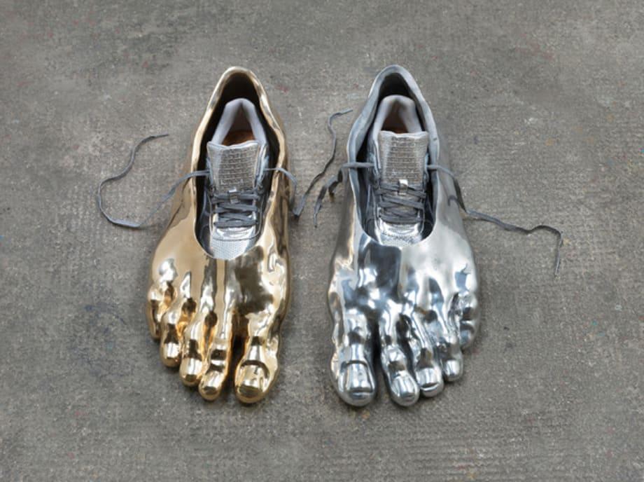 Eine Bürger von Calais/ die Füße von Eustache de Saint Pierre by Asta Gröting