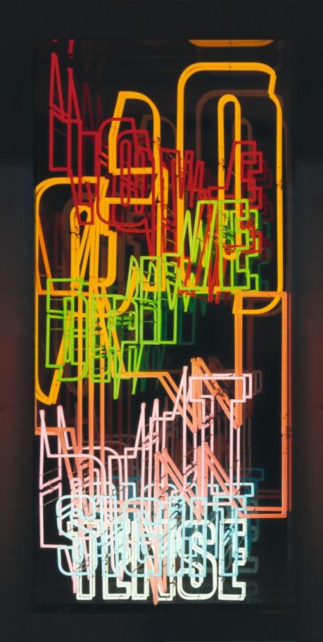 (04) Neon Text 3 by Ferdinand Kriwet