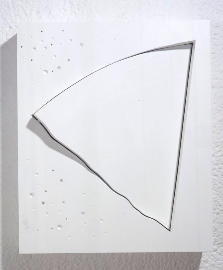 The Oblique 4 (White) by Yoshishige Saito