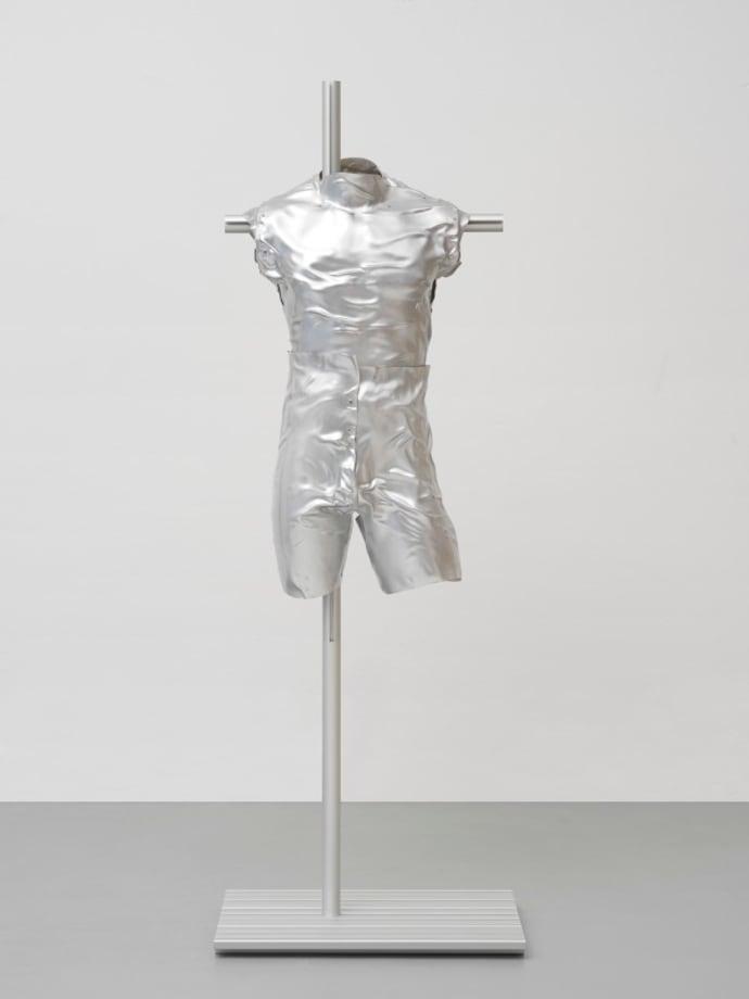 Vein Suit (XLUUV) by Steffen Bunte