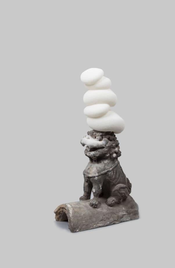 Top Hat II by Qiong Yang