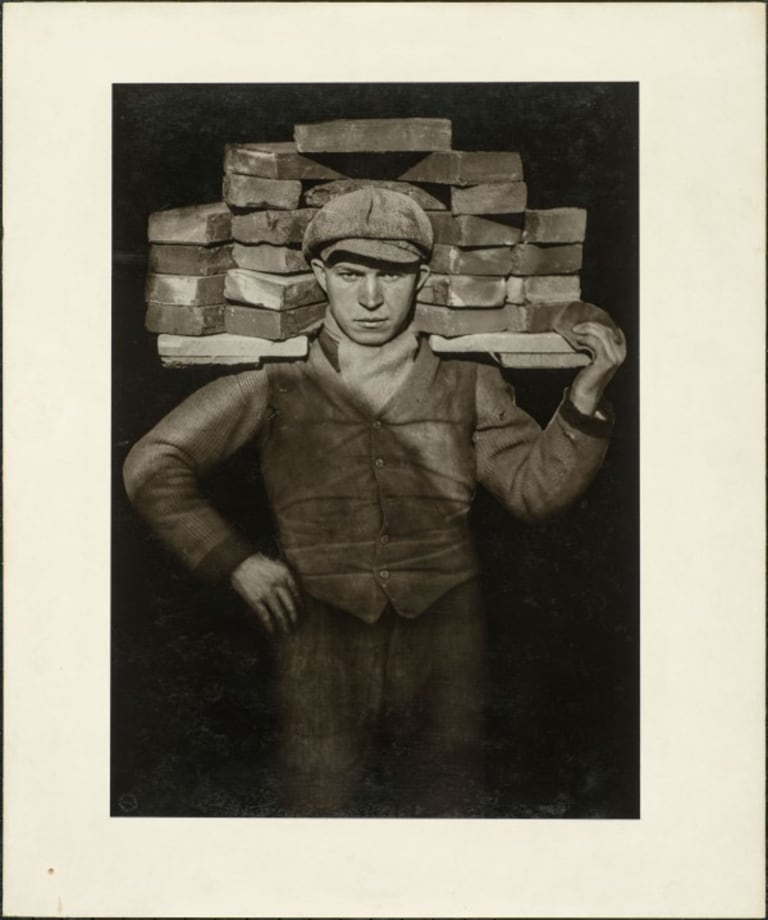 Hod-carrier, 1929 by August Sander