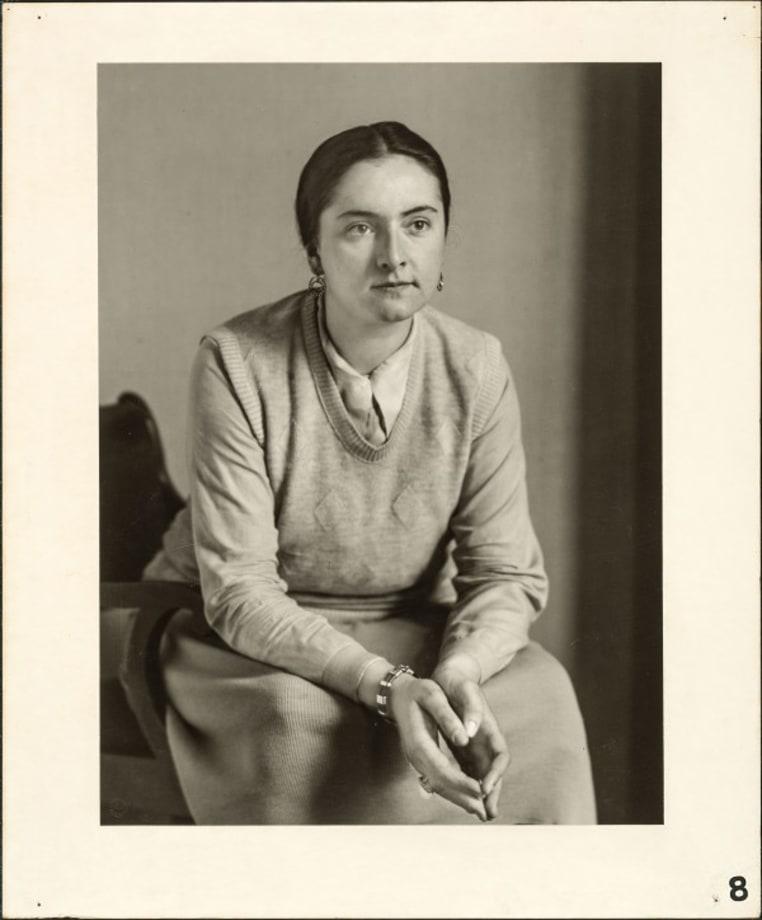 The sculptress (Ingeborg von Rath), 1929 by August Sander